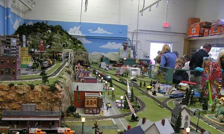 Parenting Alone in Naples, Florida #17: Naples Lionel Train Museum