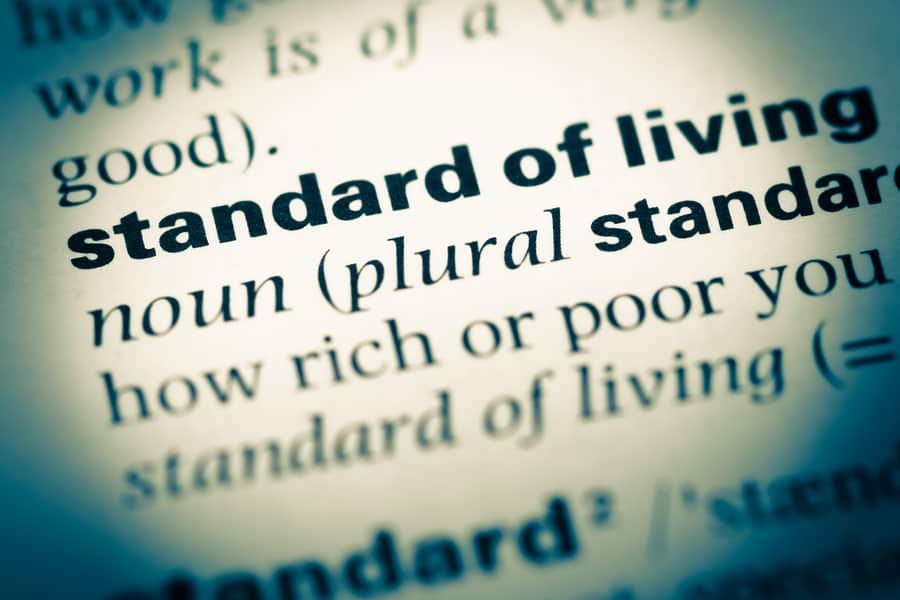 How Does Standard Of Living Effect Alimony In My Naples, Florida Divorce?