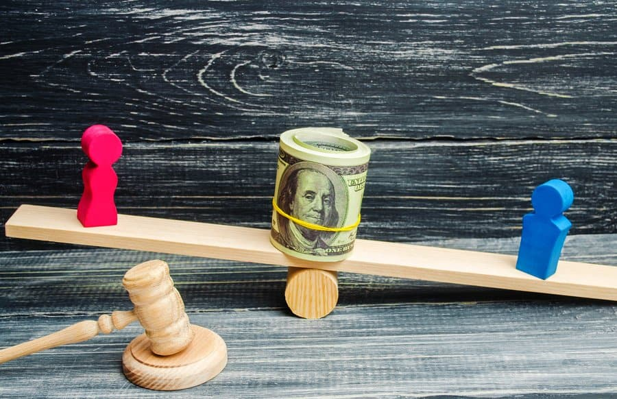 My Spouse Makes Good Money.  Do I Still Have To Pay Him or Her Alimony In My Naples, Florida Divorce?